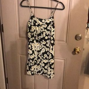 Daisy print vintage button up dress